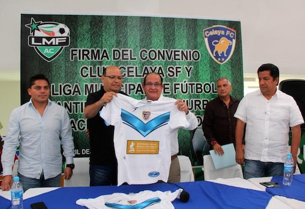 Firma liga municipal convenio con club celaya para for Liga municipal marca