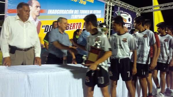 Lecheritos La Parroquia  Campeon Juv B