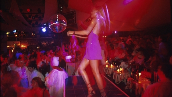 ibiza-antro-club-nocturno-bar-pareja-ligue-rompimiento-ruptura_624x351