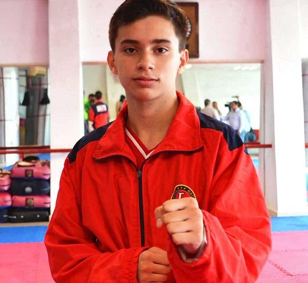 Roman Molina_TKD_1er lugar Talento Deportivo PED 2015 copia